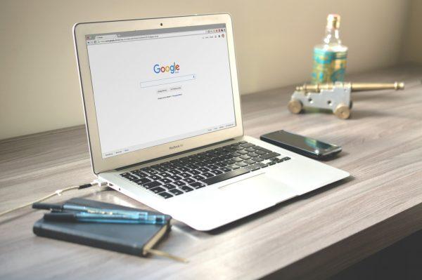 Mackbook showing Google homepage